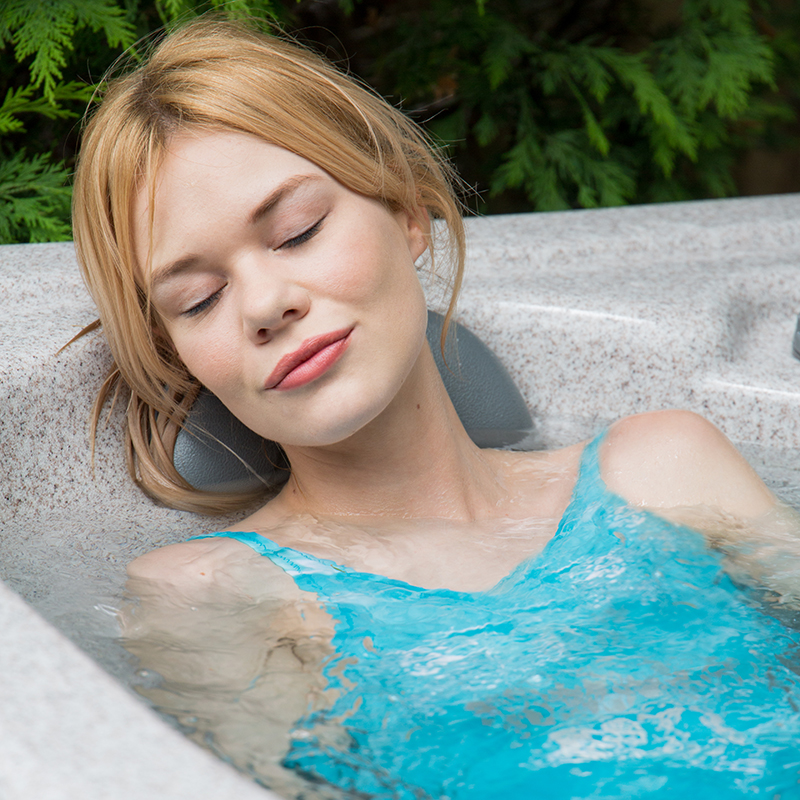 hot tub relaxation benefits