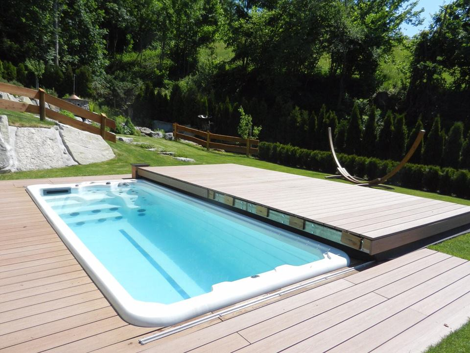 Roller Deck Rolling Pool Cover Riptide Pools